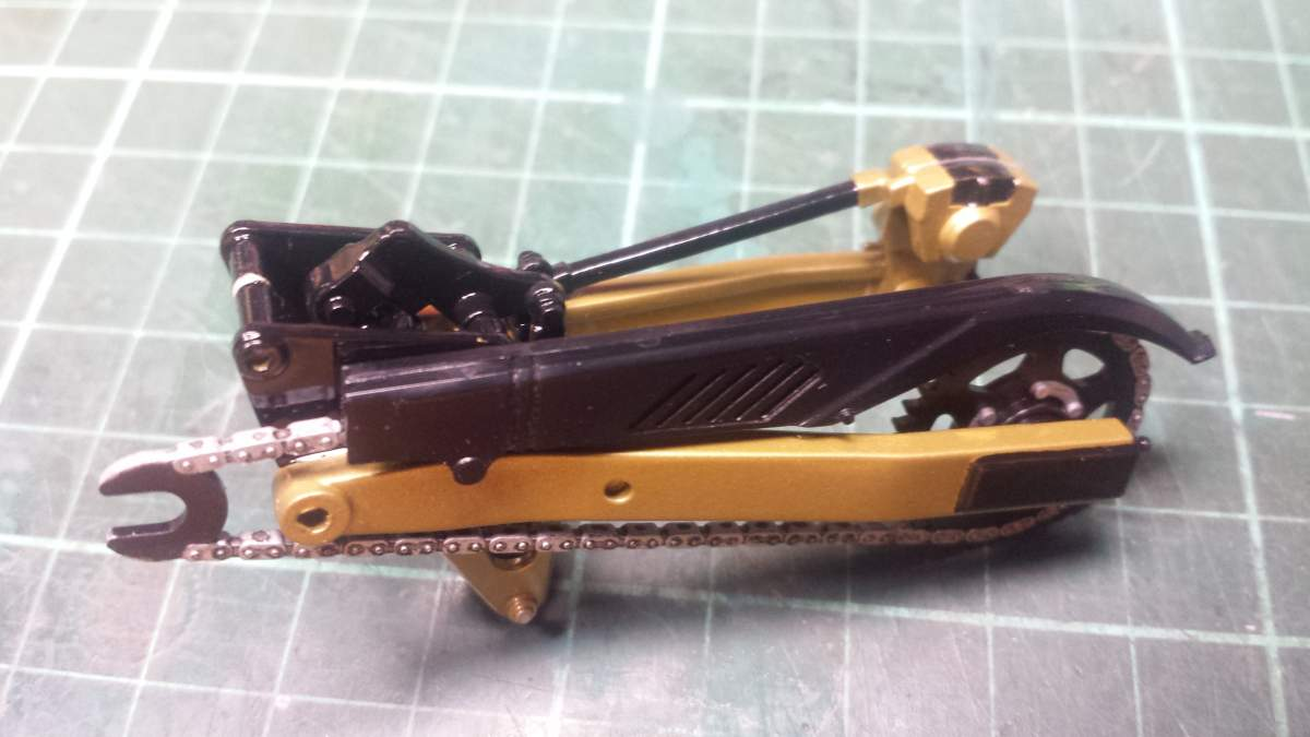 "Suzuki GSX 750 S Katana ""Pop Up"" headlight. 1/12th Tamiya.-20161101_205408-jpg"
