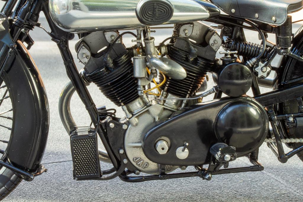 MFH Brough Superior SS100-49894830367_480778375c_b-jpg