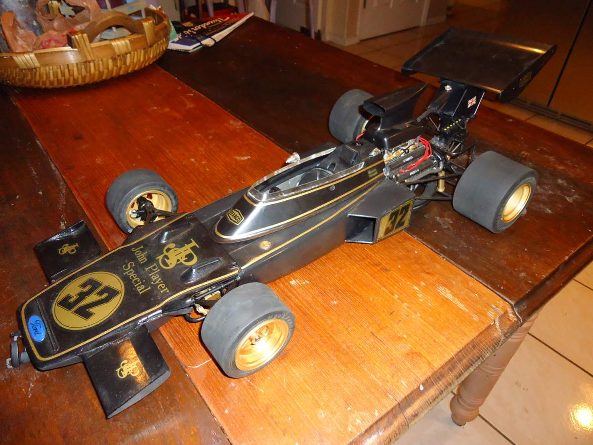 Vendo modellini scala 1:20 - Pagina 3 21994d1348068345-entex-1-8-jps-lotus-72-manual-needed-lotus-72d-overall-1-s