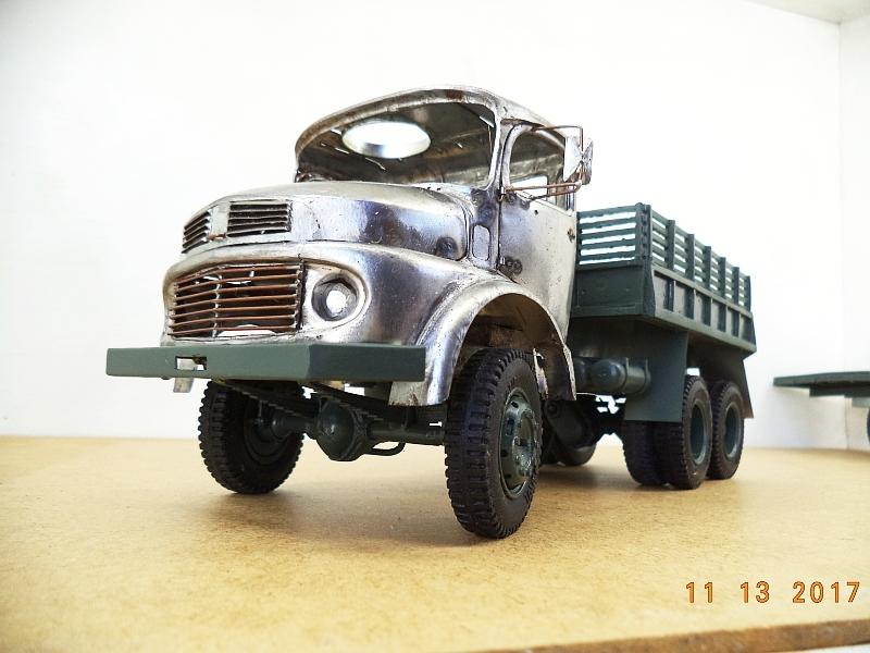 Mercedes-Benz LG1819 military truck of molded tinplate in 1:25 scale-mb_1819_c_04-jpg