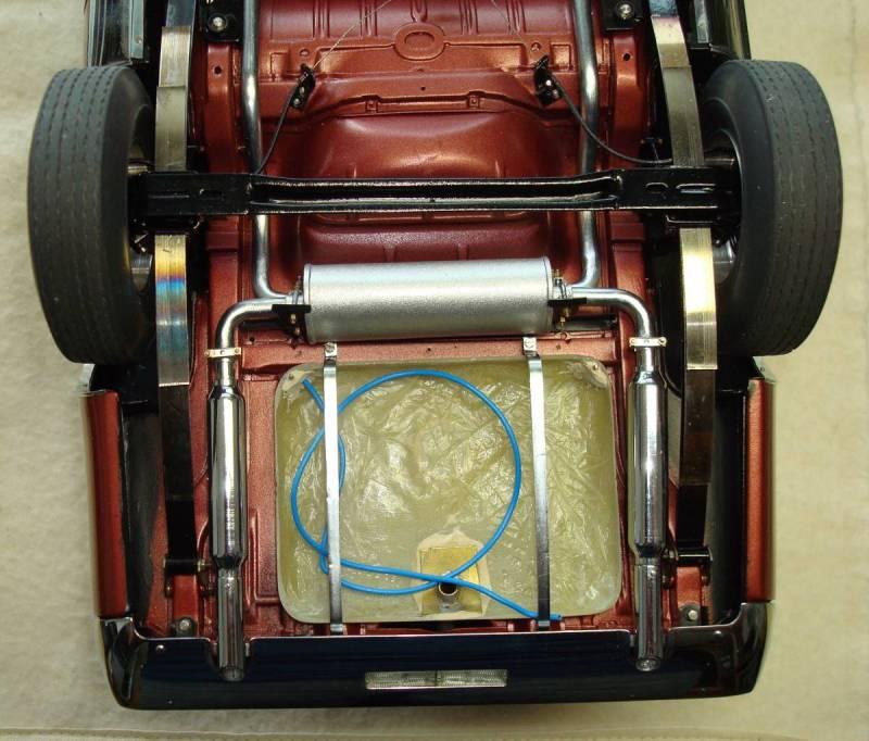Fuel tank upper half