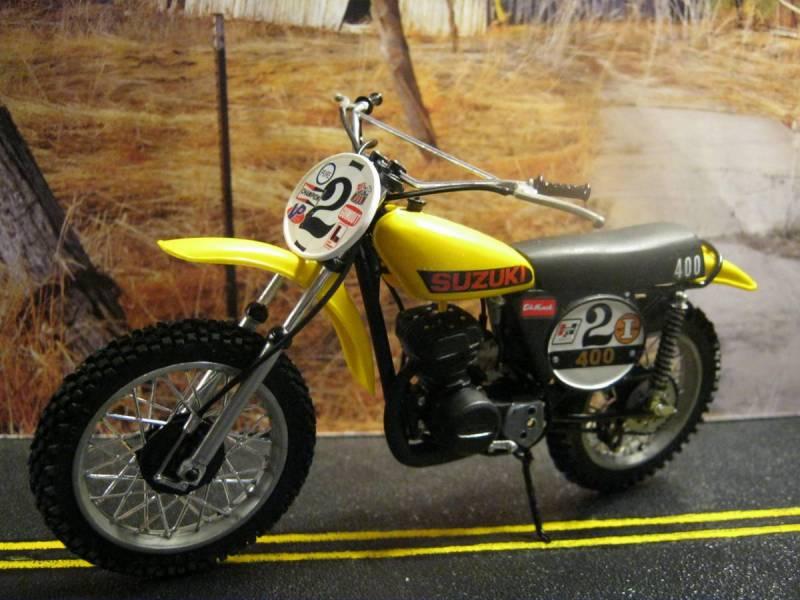 1976 Revell Suzuki TM 400  MX