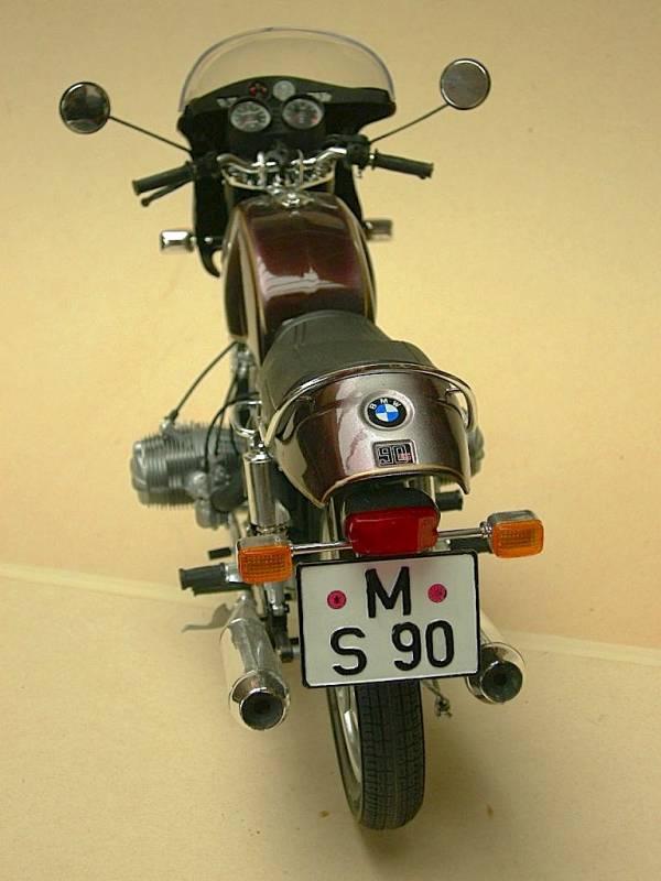 BMW_R_90_S_1974_atras