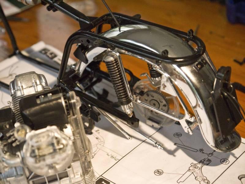 Protar Moto Guzzi 1/6 Scale motorcycle
