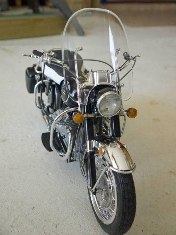 Protar Moto Guzzi 1/6 Scale
