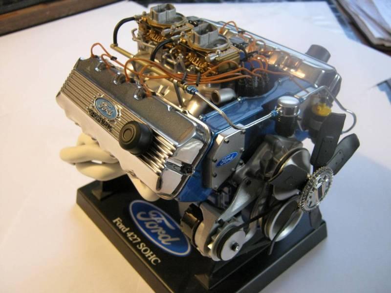 Testors  Ford 427 SOHC Motor