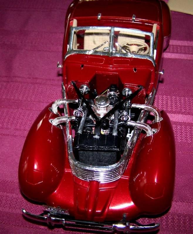 1937 Cord 1/12 scale
