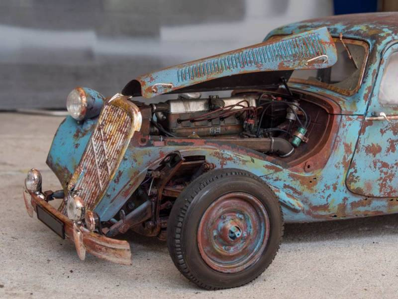 Rusty Citroen Traction Avant