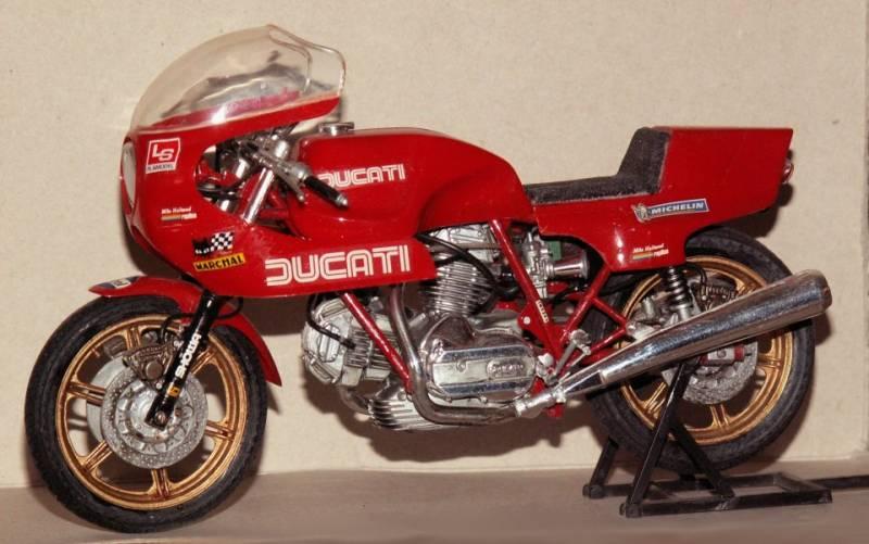 Mike Hailwood Ducati Replica